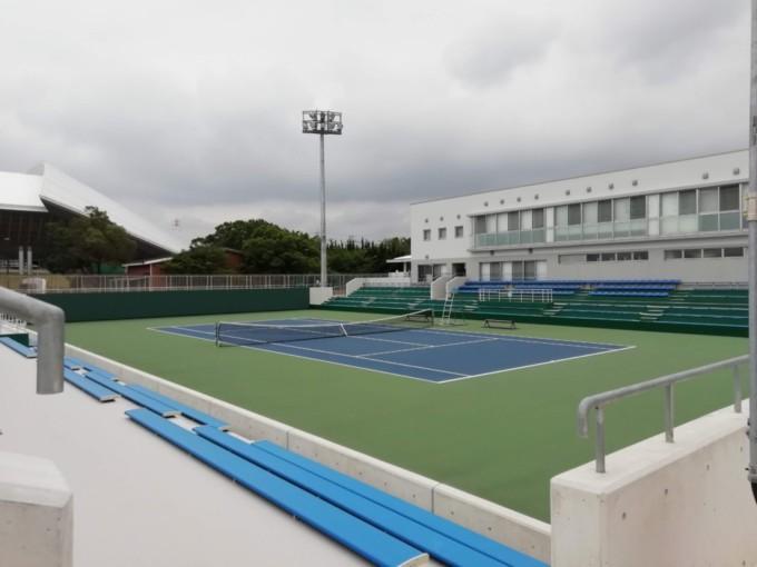 三重県四日市市 四日市テニスセンター
