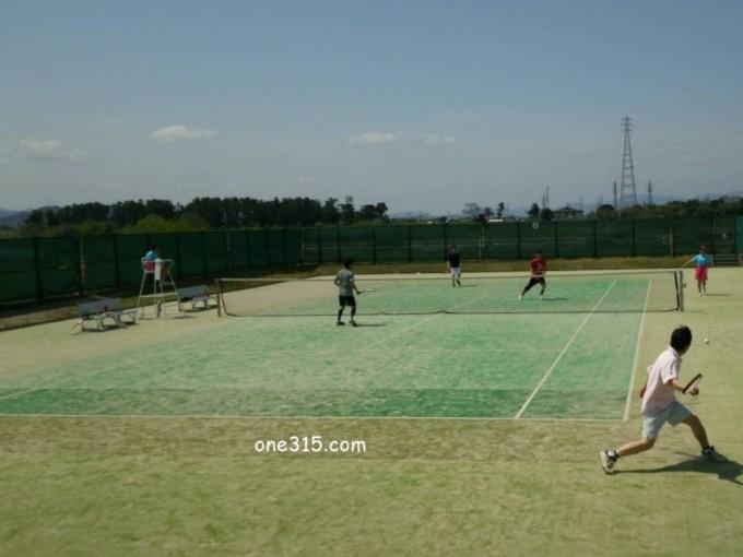 滋賀県野洲市 野洲川河川公園テニスコート  プラスワンソフトテニス