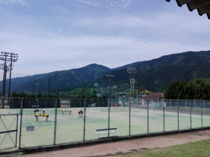 岐阜県揖斐市 池田公園テニスコート プラスワンソフトテニス