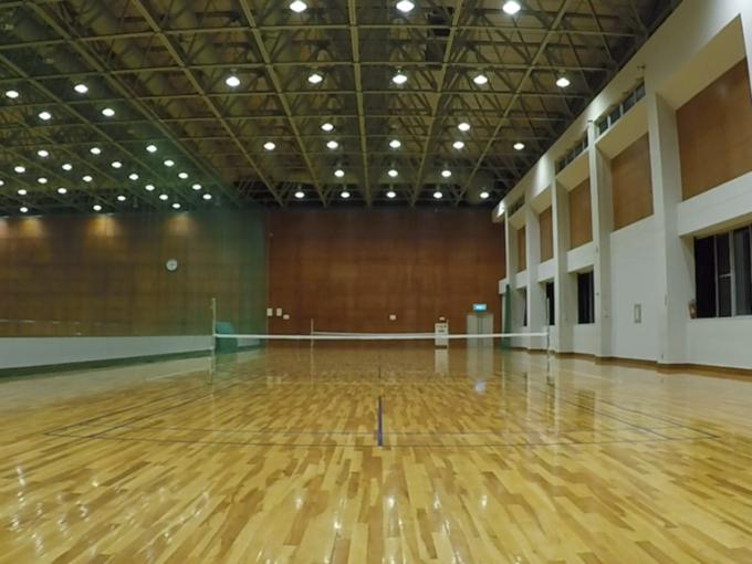 近江八幡運動公園体育館二階フロア プラスワン スポンジボールテニス