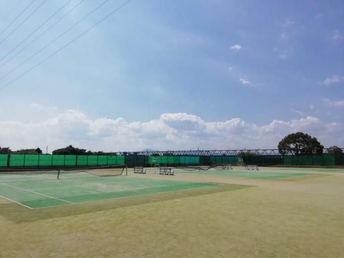 滋賀県野洲市 野洲川河川公園テニスコート