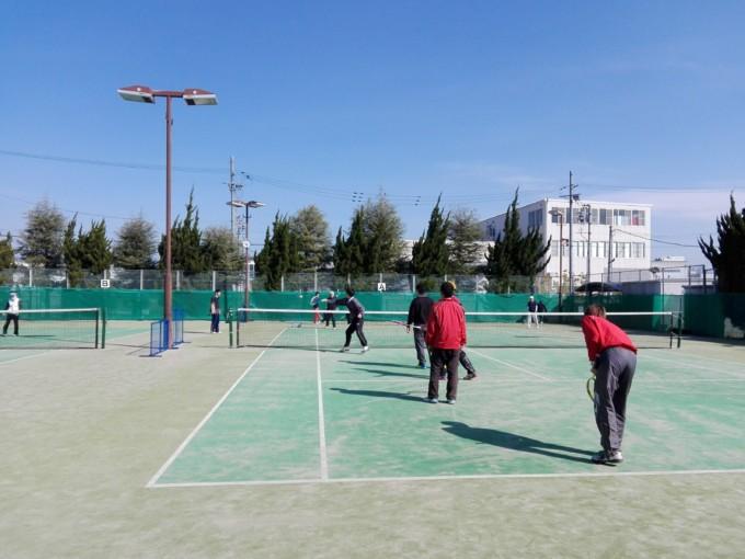 京都府長岡京市 スポーツセンターテニスコート